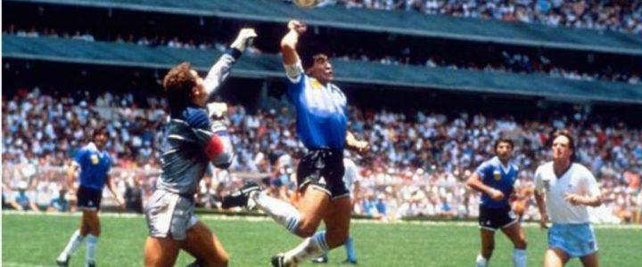 Maradona Si Tangan Tuhan